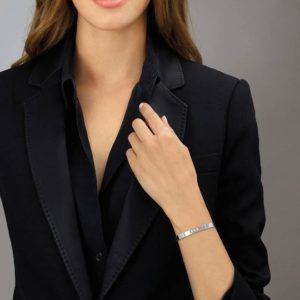 Messika Jewelry Move Noa Bangle